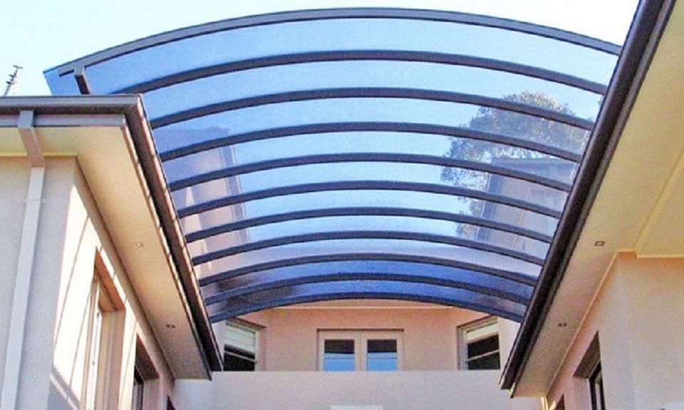 Tips Proteksi Penggunaan Atap Polycarbonate di Rumah Anda
