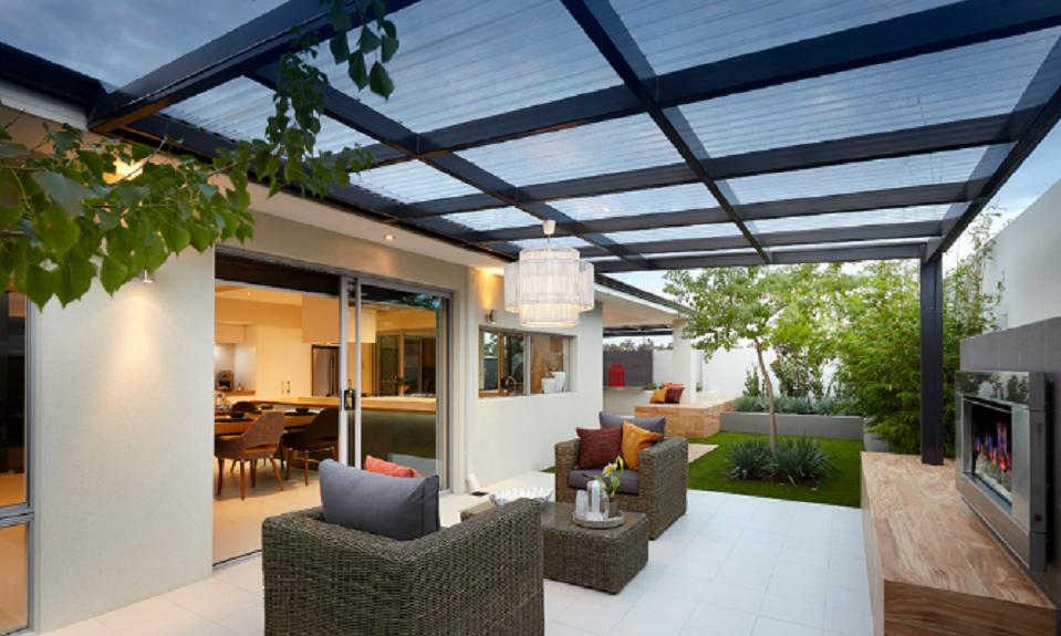 Taman di Atas Atap Rumah, pakai Atap Transparan Terbaik EXCEL B